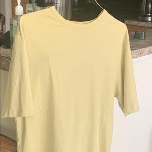 Simple green tee shirt. MURANO  brand.